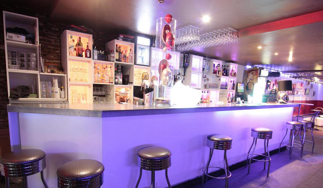 Le Petit Marais, Bar de nuit