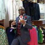Sapeur et Sapologie : Le Bachelor dans sa boutique Sape & Co à Paris
