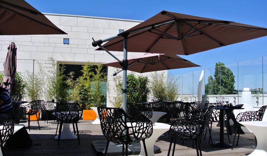 Le Vertigo, Sky Bar, restaurant