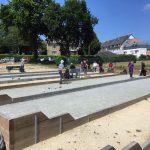 Plessala, les anciens jouent à la boule bretonne