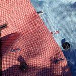 Détail de filouteries sur les vestes blouge en motif pied-de-poule de chez Hockerty